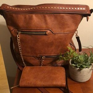 Brown Leather Hobo Crossbody Handbag